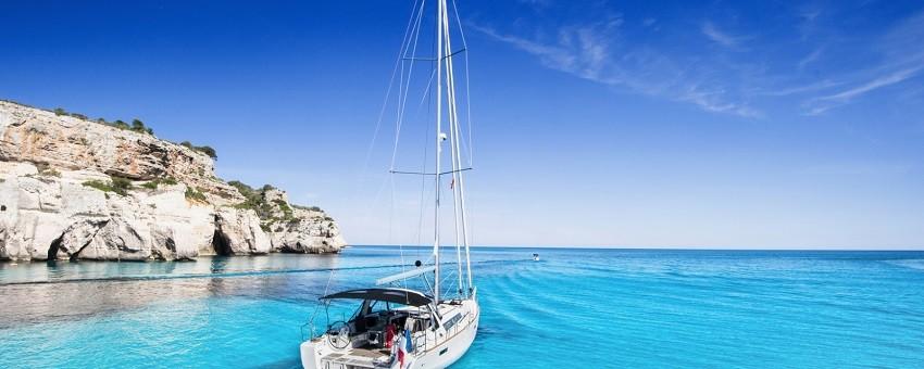 Wakacyjne rejsy po Morzu Śródziemnym