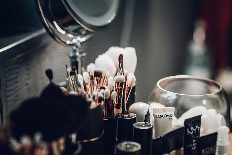Podkład - prawdziwy must have kosmetyczny każdej kobiety
