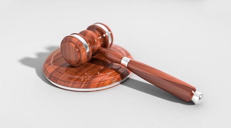 Czy warto korzystać z darmowych porad prawnych?