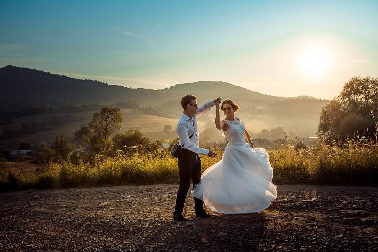 Wyjątkowy film ze ślubu – piękna pamiątka na lata!