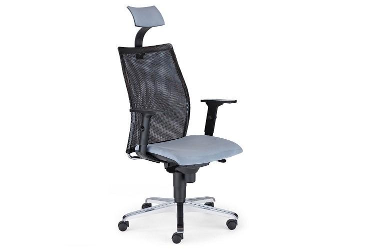 Krzesło biurowe dla niskiej osoby – jak znaleźć najlepszy model?