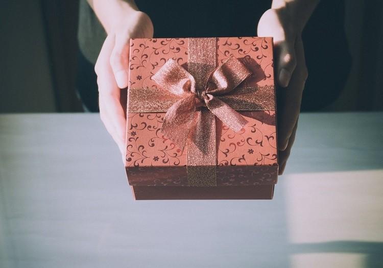 Jaki prezent dla przyjaciela wybrać?