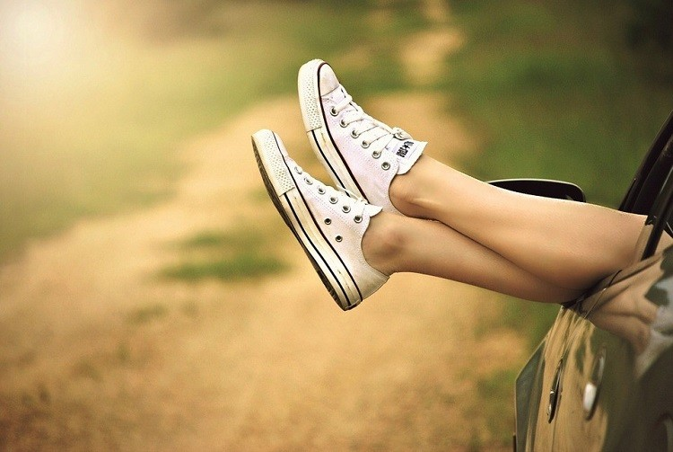 Jak zadbać o wygląd i zdrowie swoich nóg?