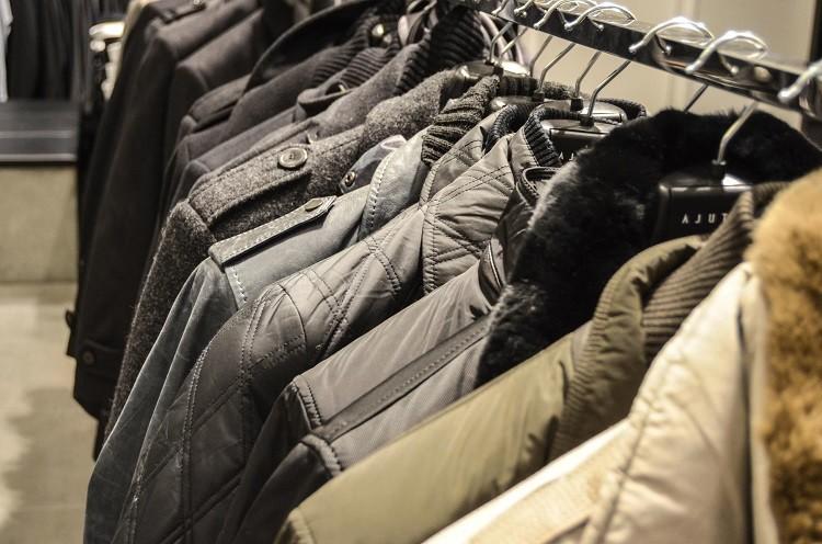 Czego unikać, kupując ubrania męskie w dużym rozmiarze?