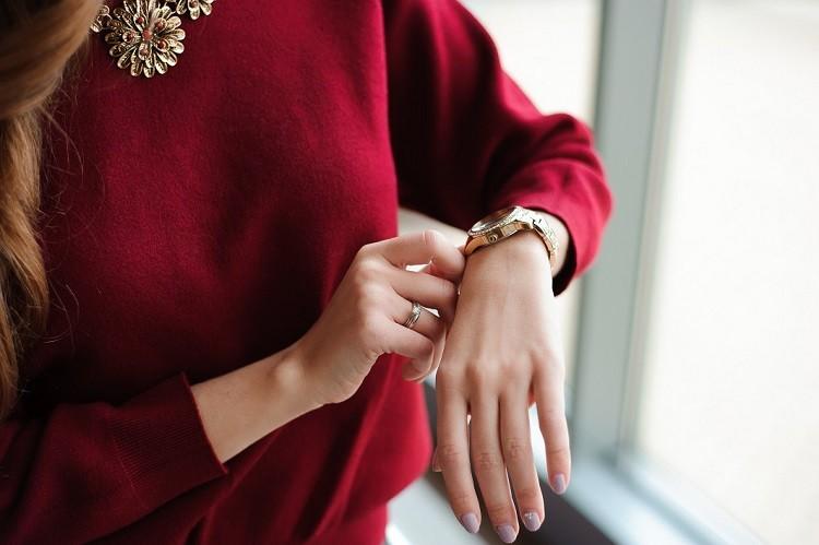 Jak wybrać modny zegarek damski?