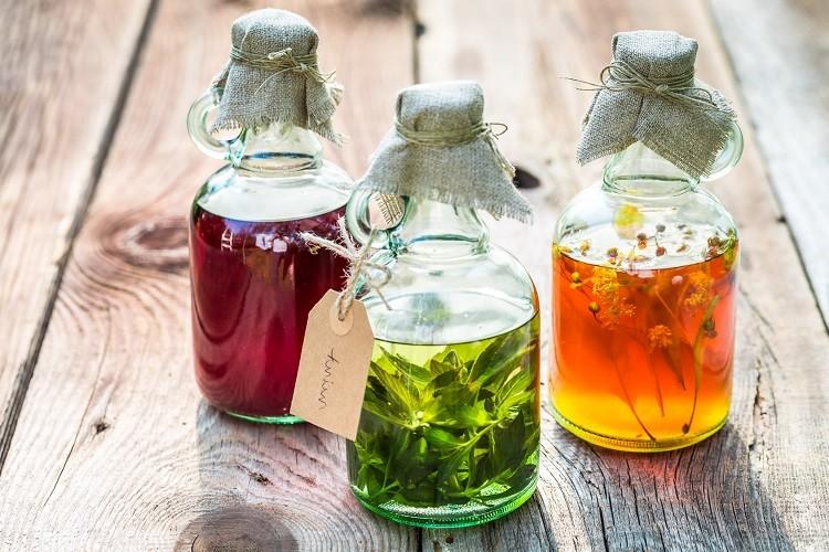 Najlepsze nalewki, które możesz wykonać samodzielnie ze składników w swoim…
