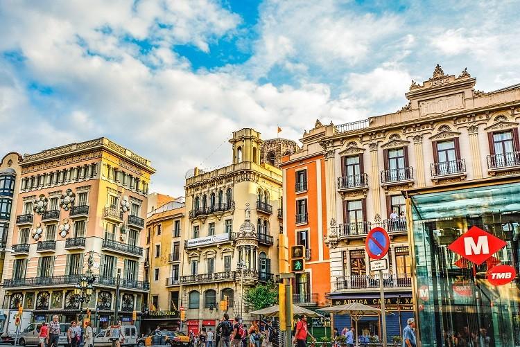 Transport międzynarodowy Hiszpania – jak najprościej trafić do Hiszpanii?