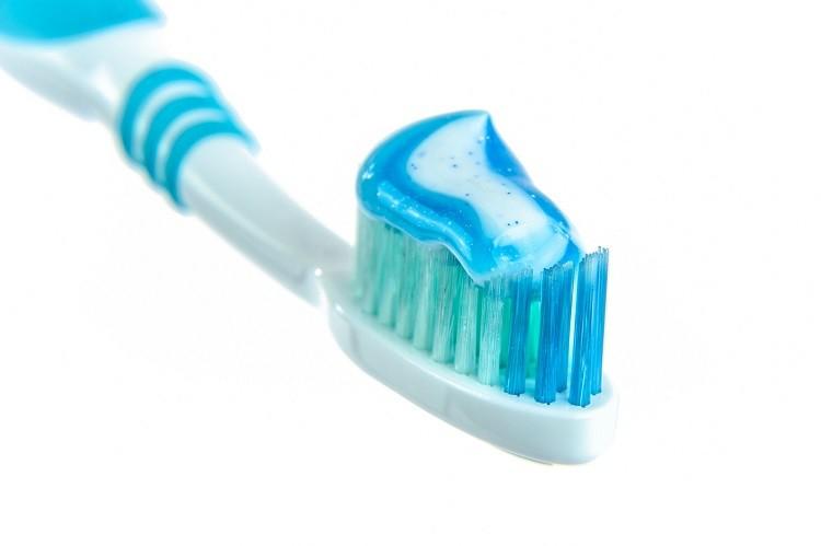 Dentysta, pasta i szczotka, czyli jak dbać o zęby