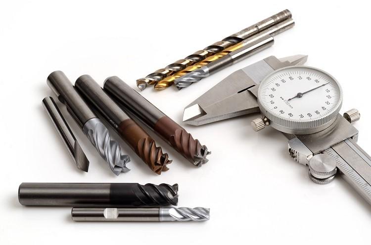 Co należy wiedzieć o narzędziach CNC?