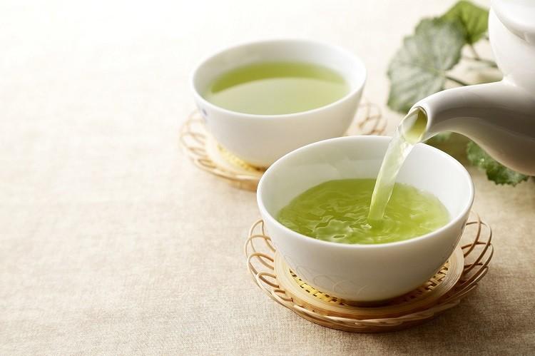 5 powodów, dla których powinieneś zacząć pić zieloną herbatę
