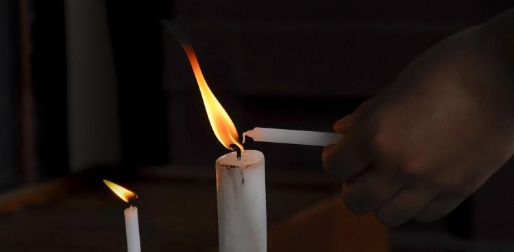Surowce do produkcji świec - historia