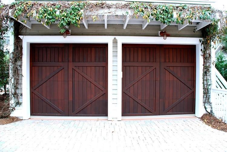 Dbamy o bramę garażową – kiedy wymienić uszczelki do bram garażowych?