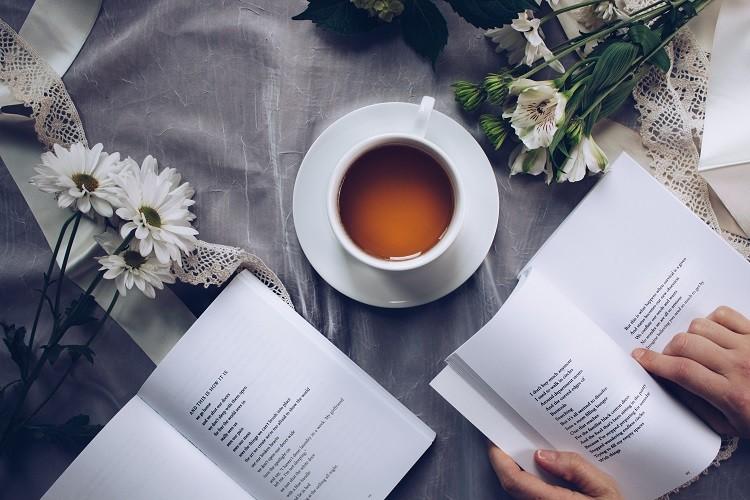 Księgarnie internetowe - czy warto z nich korzystać?
