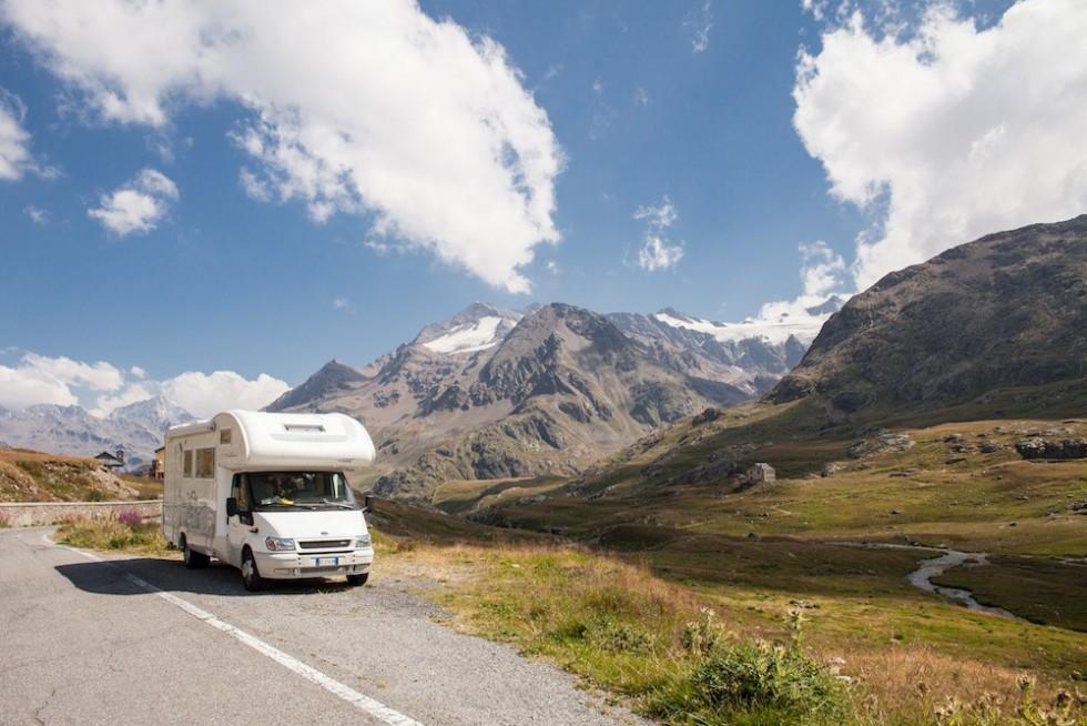 Co musisz wiedzieć, zanim wyruszysz w podróż kamperem?
