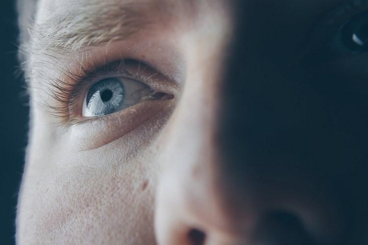 Kolorowe soczewki kontaktowe – wszystko, co musisz wiedzieć przed pierwszym…