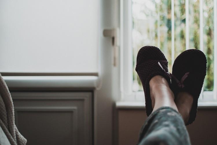 Jak oczyścić powietrze w mieszkaniu?