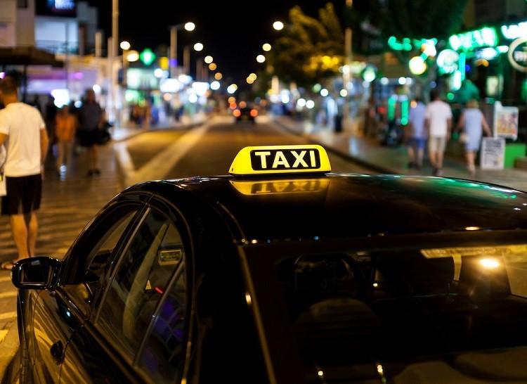 Jesteś taksówkarzem? Nie zapomnij o ubezpieczeniu!
