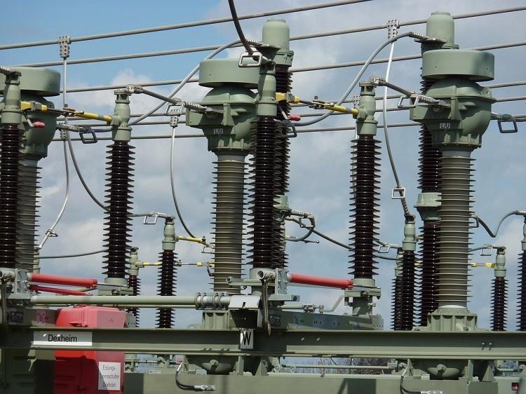 Agregat prądotwórczy - kiedy zakup, a kiedy wynajem?