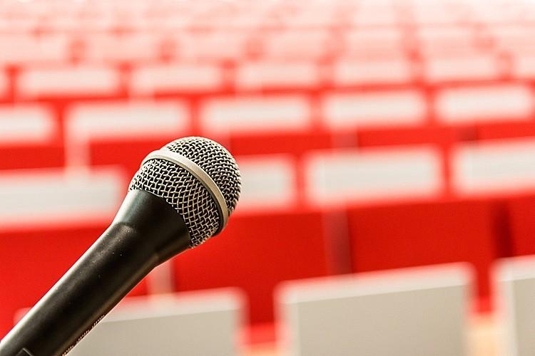 Wystąpienia publiczne - szkolenie kluczem do sukcesu