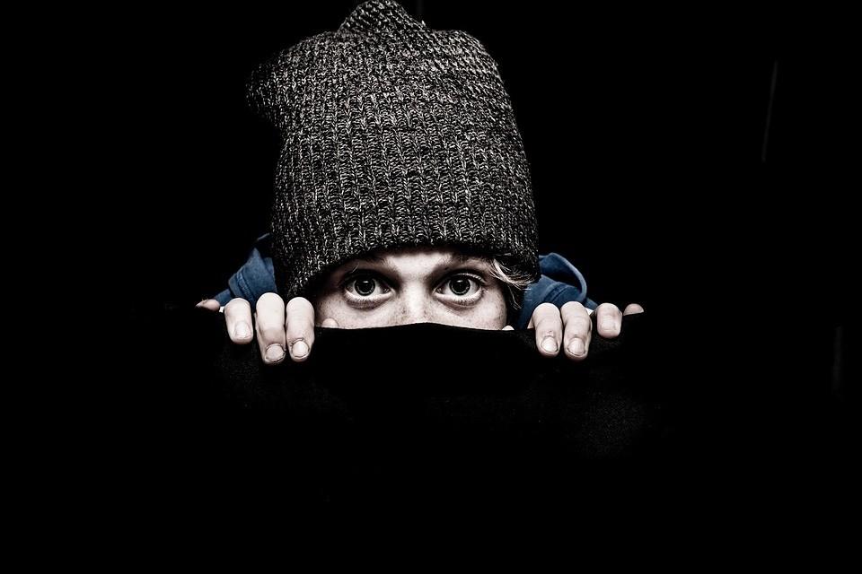 Jak się zabezpieczyć przed oszustami i złodziejami?