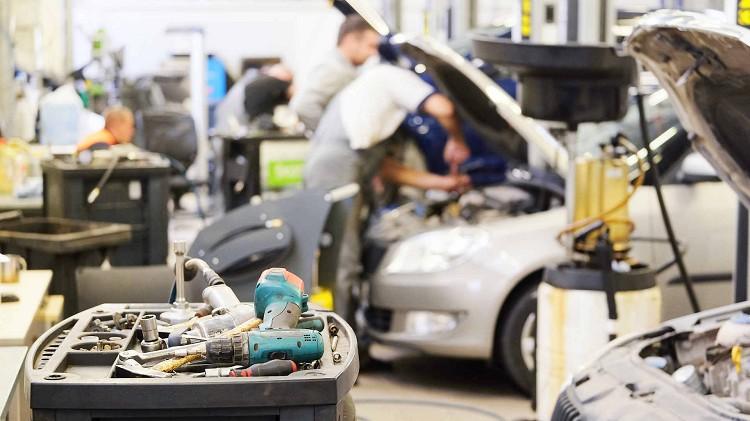 Jak wybrać warsztat samochodowy? Dobry mechanik w Zgorzelcu