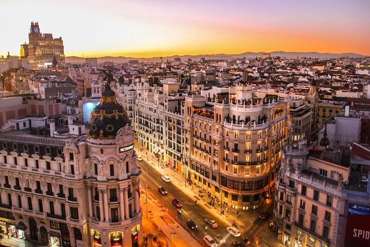 Te 4 hiszpańskie miejsca musisz zobaczyć na własne oczy!