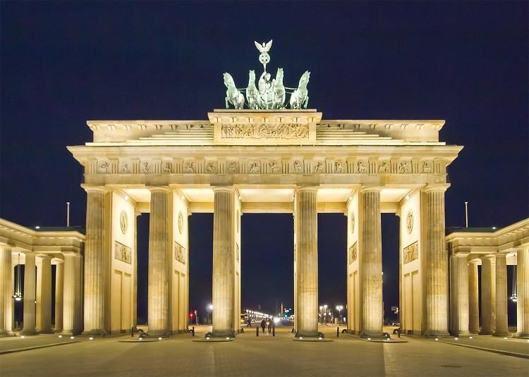 Przeprowadzka do Niemiec. Co oferują firmy przeprowadzkowe?