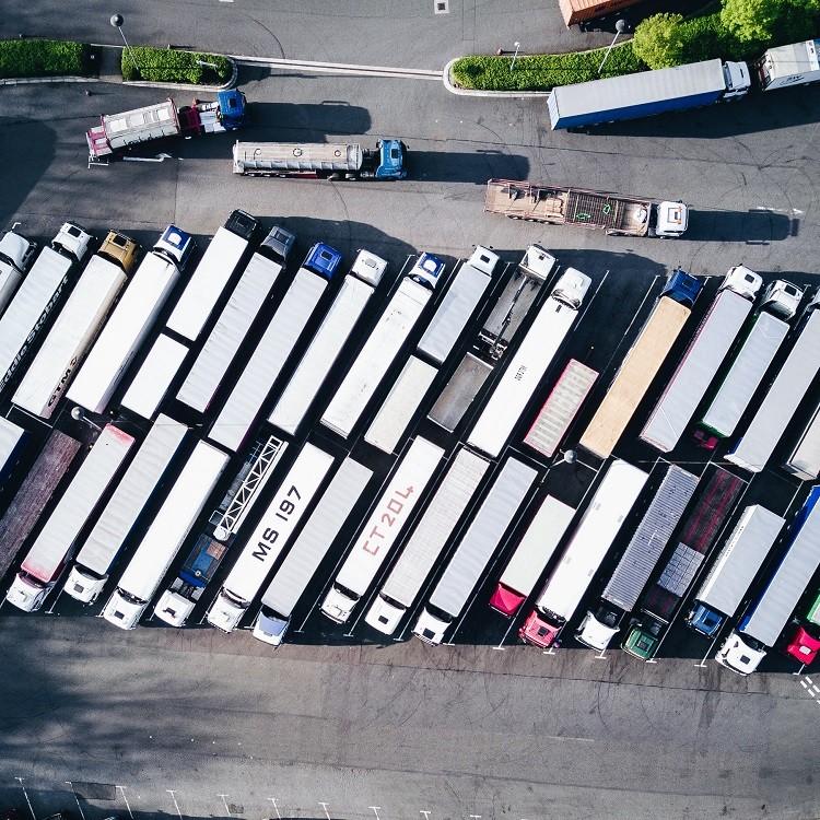 Cyfrowe narzędzia dla fleet managera – dlaczego powinien z nich korzystać?