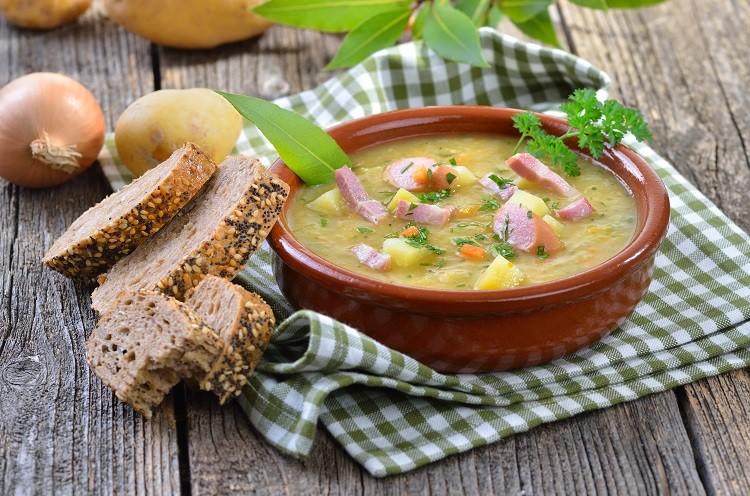 Grochówka – pożywne danie i tradycyjny smak
