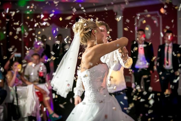 Sale weselne – gdzie szukać najlepszych propozycji?