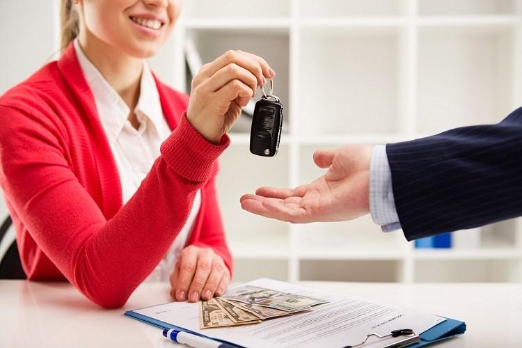 Leasing czy wynajem samochodu. Co bardziej się opłaca?
