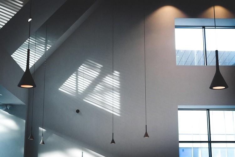 Czym są rolety dachowe i jak je dobrać?