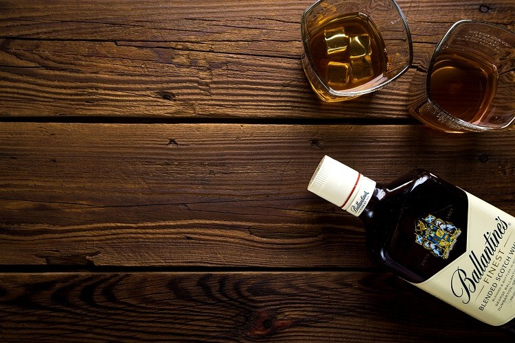 Co powinieneś wiedzieć o grain whisky?