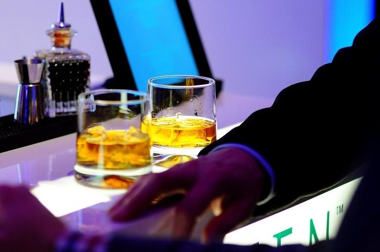 Poznaj Tennessee Whiskey  - wyjątkowy alkohol ze Stanów Zjednoczonych