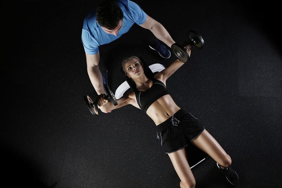 Pierwszy trening na siłowni - jak się przygotować?