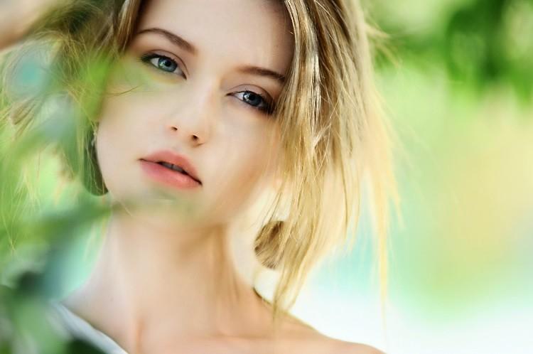 Dlaczego powinniśmy stawiać na kosmetyki naturalne?