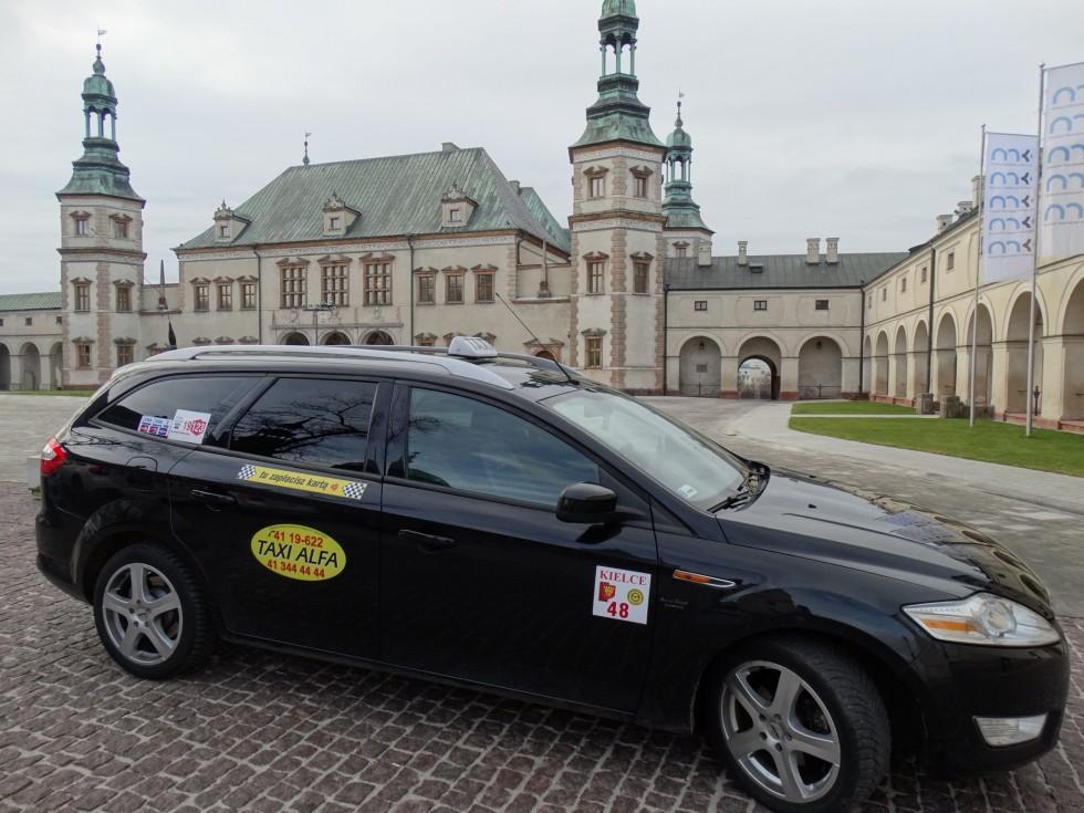 Nie tylko standardowe przewozy – jakie usługi dodatkowe oferują taxi?