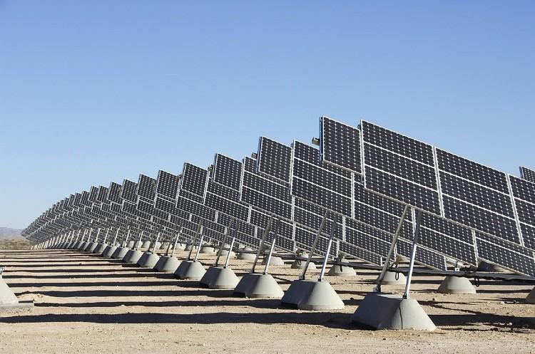 Jak wybrać konstrukcje fotowoltaiczne? Poznaj metody montażu paneli słonecznych