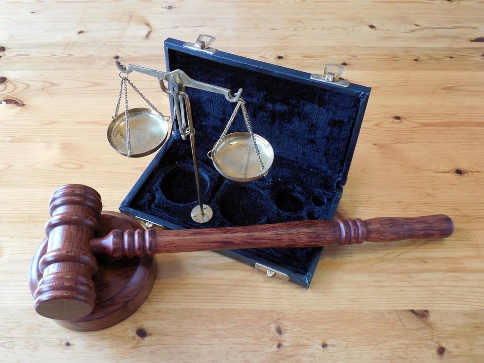 Ile kosztuje porada prawna i od czego zależy?