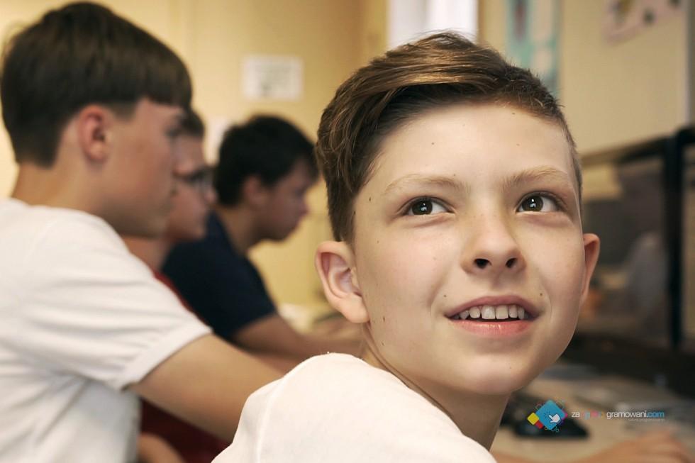 Czy kurs programowania dla dzieci to dobry pomysł na zajęcia popołudniowe?