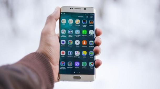 Czy pożyczanie pieniędzy przez aplikację mobilną jest bezpieczne?