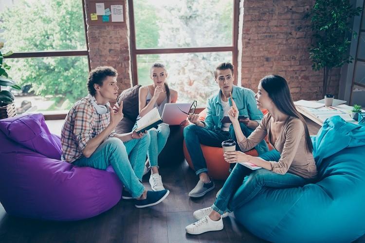 Nowe miejsce pracy – na co zwrócić uwagę?
