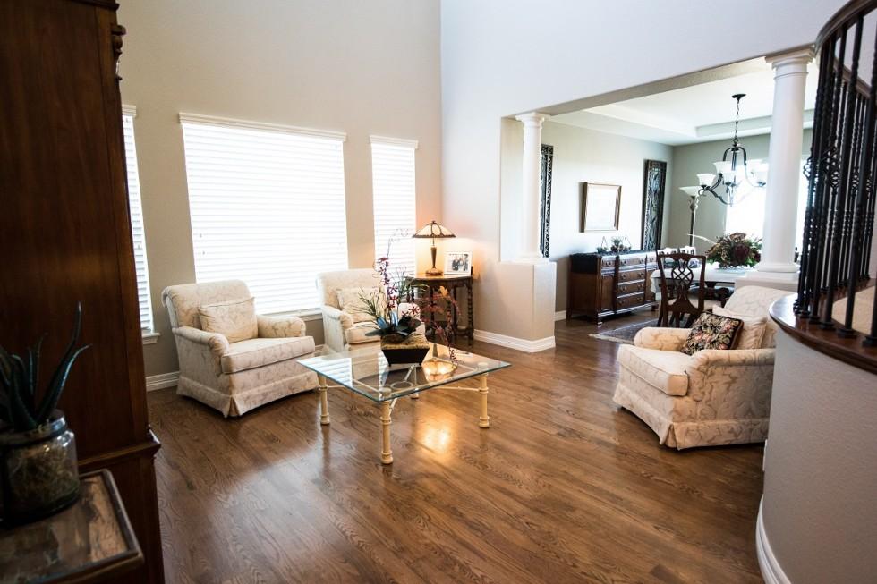 Kupujemy mieszkanie do remontu – co robić?