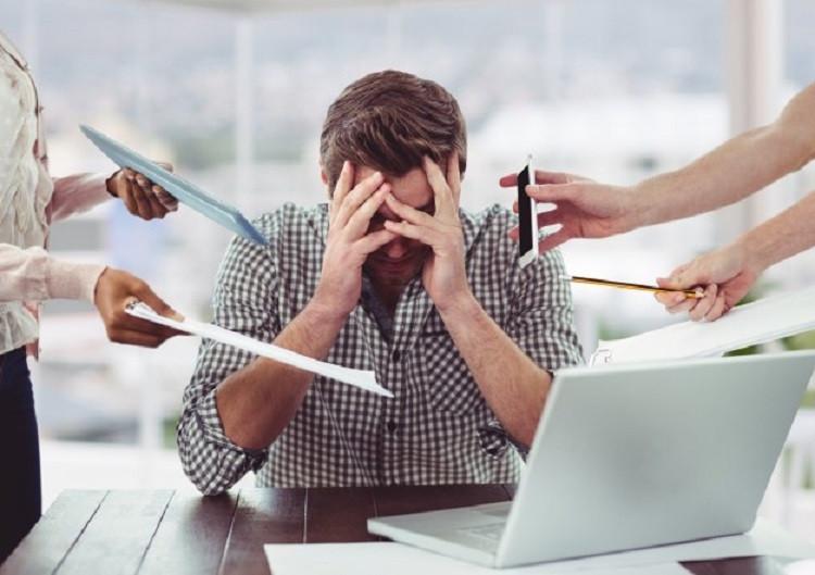 Stres w pracy - jakie są sposoby na walkę z nim?