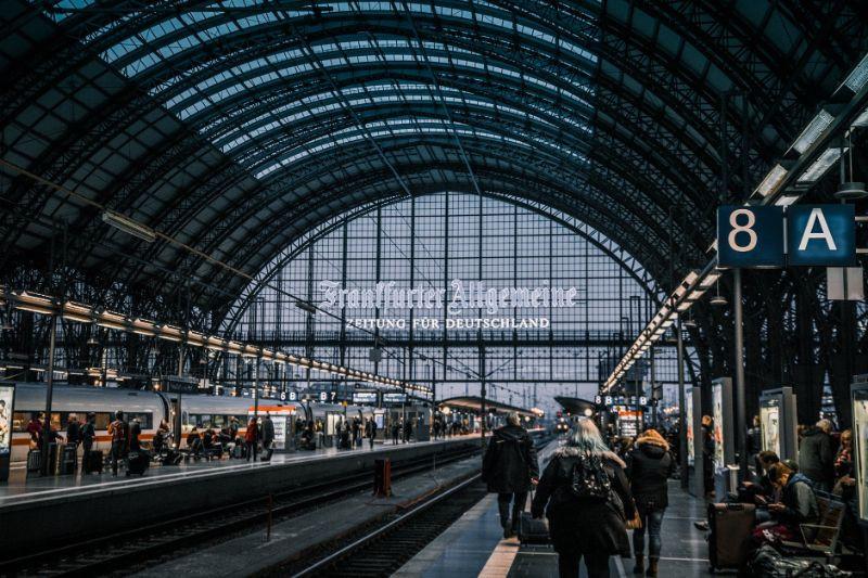 Opiekunka osób starszych w Niemczech – jak przygotować się do wyjazdu