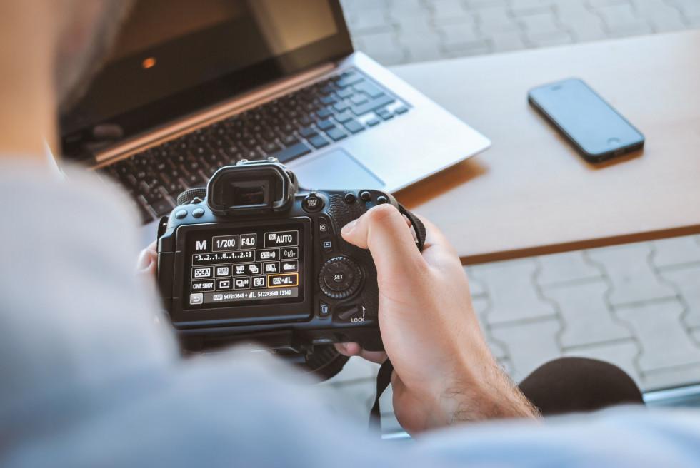 Kurs fotografii online – na czym polega?