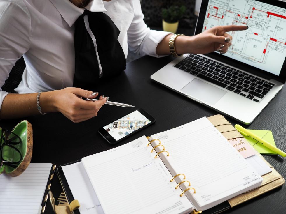 Doradca finansowy dla firm – co warto wiedzieć na temat współpracy?