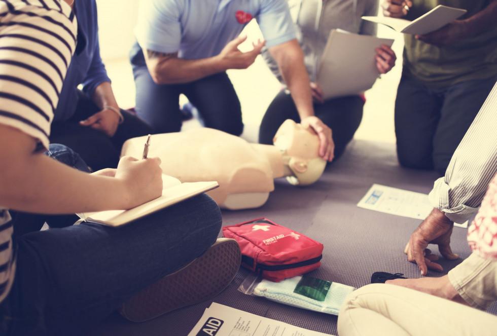 Kurs pierwszej pomocy – czego się na nim nauczymy?