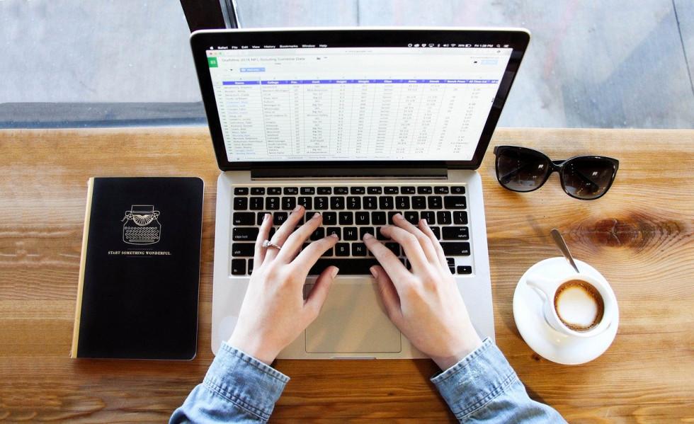 Program do faktur - desktopowy czy online?