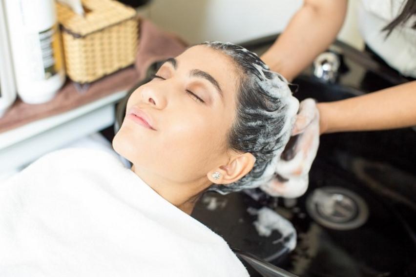 Jaka odżywka do włosów suchych?